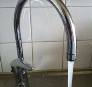 Kranvatten och hårt och mjuktvatten